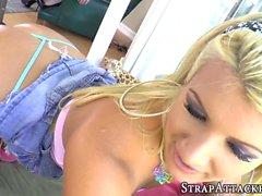 anal stora bröst blondin brunett fingersättning