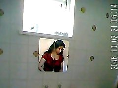 amateur douches voyeur