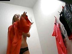 vidéos caméra cachée sexe caché vestiaire