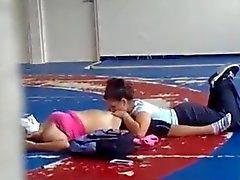 dedilhado latino lésbicas nudez em público voyeur