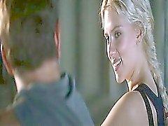 tyttö blondi julkkis