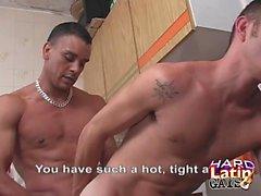 гей к гомосексуалистам латинский веселый мужчины к гомосексуалистам мышцы геев