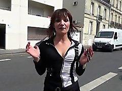 brunetta bukkake doppia penetrazione gangbang