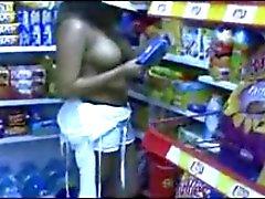 clignotant nudité en public voyeur