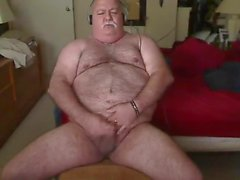 Hairy Old Bear jerk off