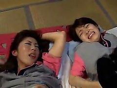 asiatico bambino pompino sesso di gruppo giapponese