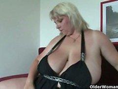 bbw stora bröst granny onani mogen