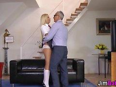 amateur big cocks blondine blowjob handjob