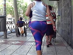 Firm Bubble Butt In Tight Pink And Lilac Gym Leggings