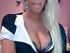 amateur gros seins blond hd