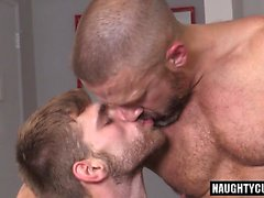Big dick boy threesome with cumshot