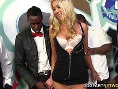 big cocks blondine blowjob gruppen-sex