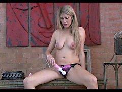 big boobs blondine hd masturbation