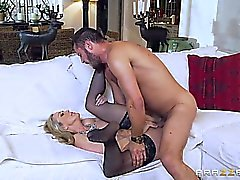 Brazzers - Hot milf Brandi Love gets some you