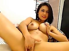 Hot Webcam Girl Squirts