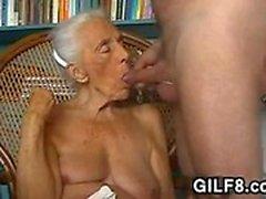 büyük göğüsler sarışın oral seks parmak