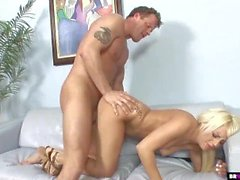 big tits hd blondine blowjob