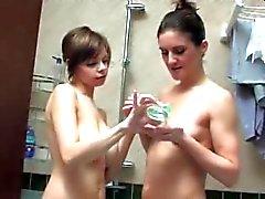 gros seins lesbiennes milfs vieux jeune