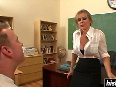 Dyanna Lauren in stockings gets drilled