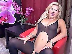 блондинка дамское белье мастурбация