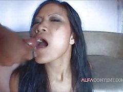 xhamster premium aasialainen iso kalu cum niellä