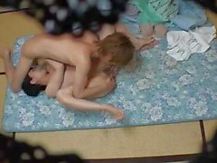 asiatico tette massaggio