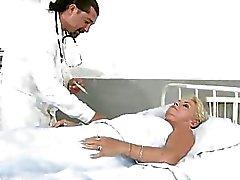 artsen oma oma neuken granny porn video oma sexfilms