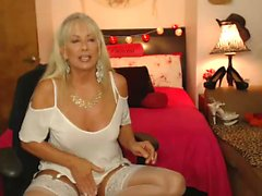 amateur blond mature