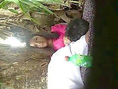 asiatique cames cachées nudité en public étudiante voyeur