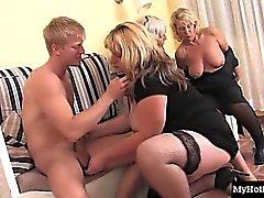 blond brunette sexe en groupe hardcore