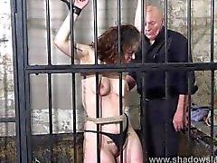 shadowslaves bdsm entortillement prisonnier coup de fouet
