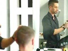 парикмахер магазин латинских геев мальчики реальность брюнетка красавчик минет большой