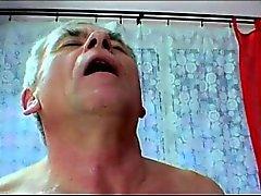rubia mamada duro