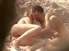 amatööri ranta blondit julkinen alastomuus