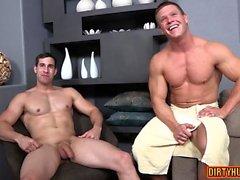 bareback gay stort kranar bög homofile bögen hunkar gayvänligt muskel homosexuella
