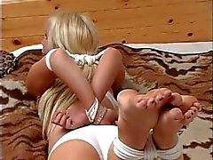 садо-мазо рабство шарик - кляпа - связывание