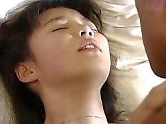 aasialainen japanilainen teini-ikä karvainen vuotias nuori