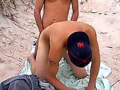 homosexuell geblasen homosexuell homosexuell outdoor homosexuell jungs