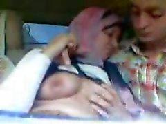 amateur arabisch grote borsten