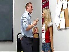 blond klas coed
