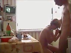étudiante vieux jeune petits seins maigre sperme dans la bouche