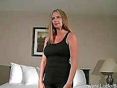 Milf Melinda does her FIRST SHOOT EVER