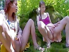 vingerzetting bos masturberen tiener