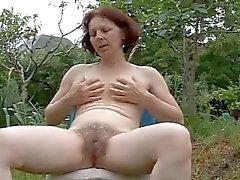 grannies masturbatie