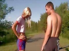 красота блондинка чертов на открытом воздухе русский
