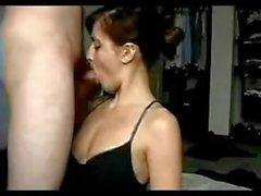 le sexe vaginal le sexe oral brunette petits seins pipe