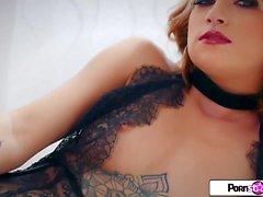 bionde pornostar striptease magro