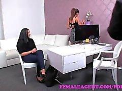 femaleagent ragazza- sulla -girl lesbiche dilettante