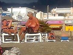 büyük göğüsler milfs plaj memeler
