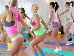 fitnessrooms ürünler rachel - evans briana-zıplama nathaly-cherie bir spor salonu - seks